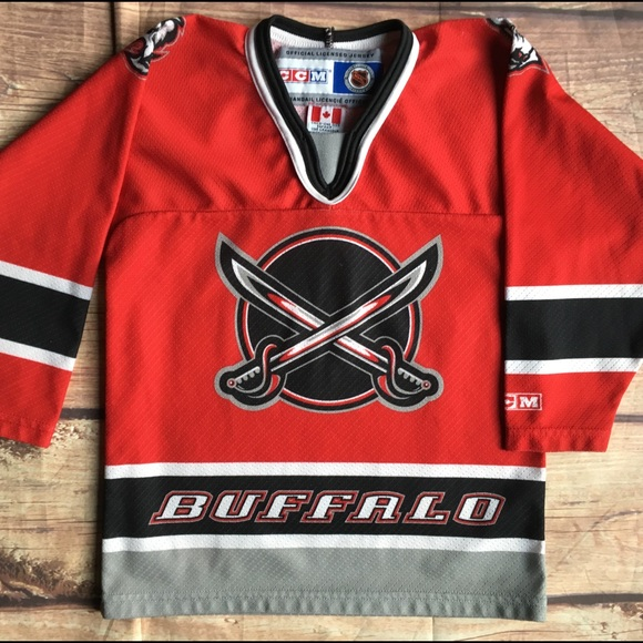 los angeles b20c5 f2ae1 Buffalo Sabres CCM Hockey Jersey youth small red